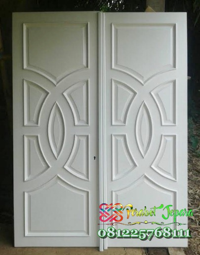 Pintu Kupu Tarung Minimalis Klasik Modern