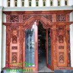 Pintu gebyok ukir daun kaca untuk masjid