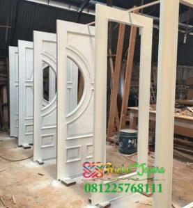 Jasa Pembuatan Pintu Rumah Cat Duco Putih