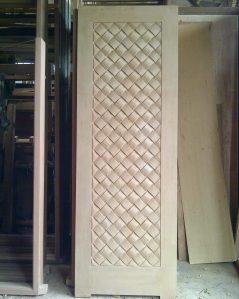 Pintu Ukir Anyaman Tikar Motif Diagonal